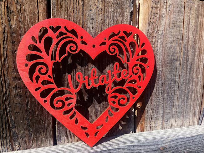 Vyrezávané srdce Vitajte červené
